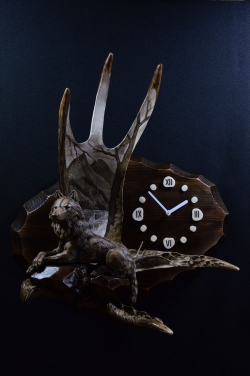 The Wolf Mantle Clock